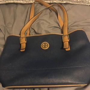 Navy Giani Bernini handbag w tan straps